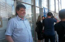 14 червня, о 14:00 переселенці зі сходу та Криму разом з киянами проведуть театралізоване дійство «За ваші і наші права!» під Кабміном