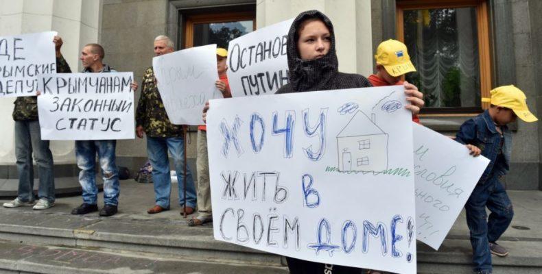 Переселенцы просят Порошенко оказать помощь с жильем (видео)