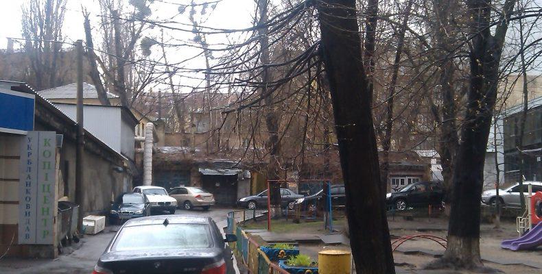 Как воруют недвижимость в центре Киева