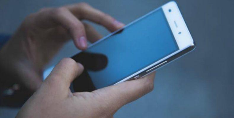 Как жителям Донбасса и ВПЛ получить помощь юриста по телефону