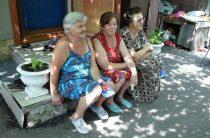 Семьи из Красногоровки из-за войны 6 лет живут на дачах